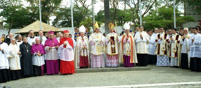 Decreto de Ereção da Administração Apostólica (Animarum Bonum)